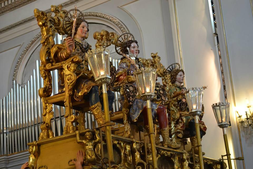 Scopri lo spettacolo della festa di Sant'Alfio